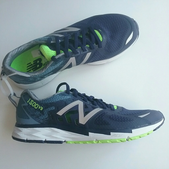 reputable site a84fc 56766 New Balance 1500 v3 Sz 8 Mens Running Shoes NEW NWT